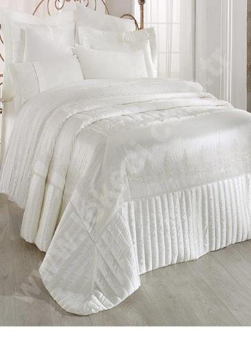 Saten Yatak Örtüsü Kuru Temizleme
